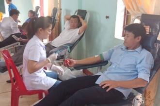 Ban quản lý Vườn Quốc gia Phong Nha – Kẻ Bàng tham gia hiến máu tình nguyện năm 2018
